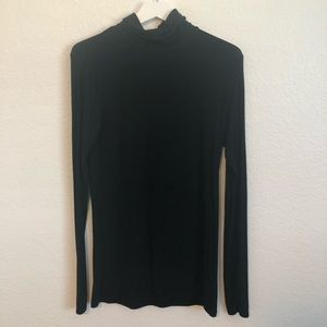 MOSSIMO black turtleneck